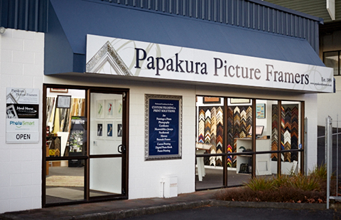 Papakura Picture Framers Shop Front